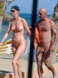 Séta a nudista strandon